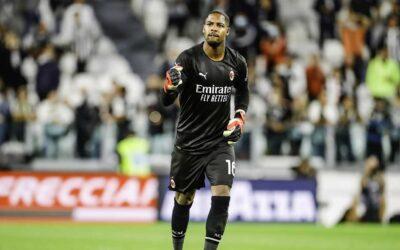 """""""Não sou vítima de racismo. Sou o Mike e estou a erguer-me, negro e orgulhoso"""". Guarda-redes do AC Milan respondeu aos insultos racistas"""